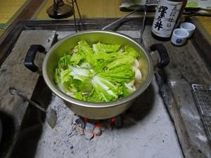 白菜投入直後の鍋